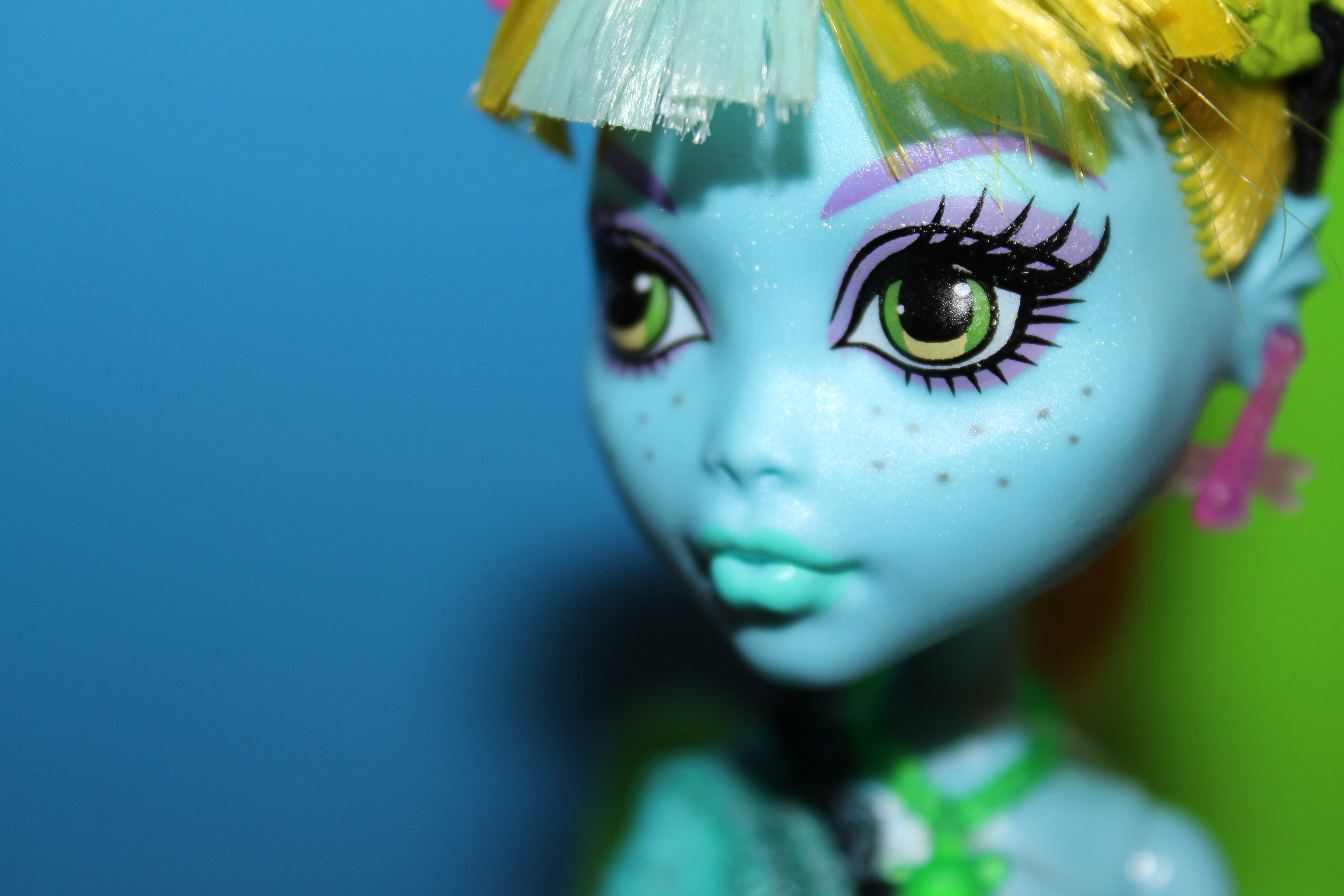 Dolly Review Monster High 13 Wishes Lagoona Confessions