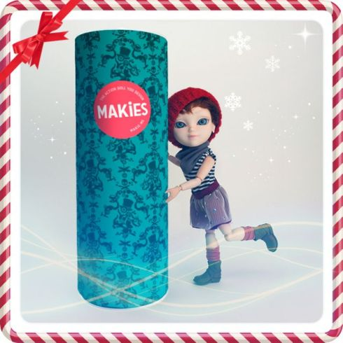 Makie's Cutie Holiday doll/package