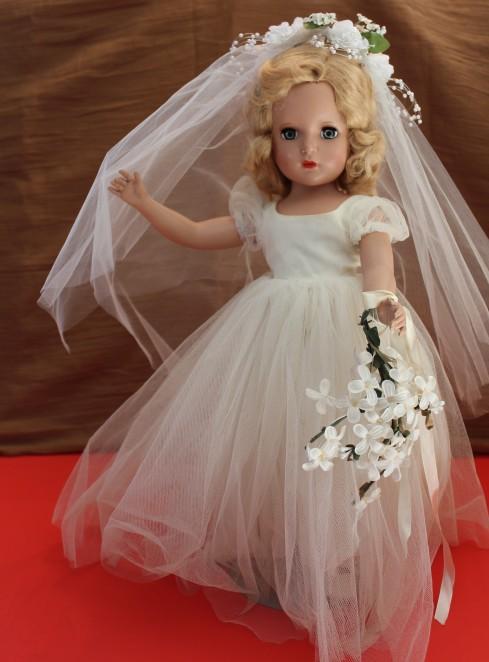 """17"""" Unkown Bride Doll"""