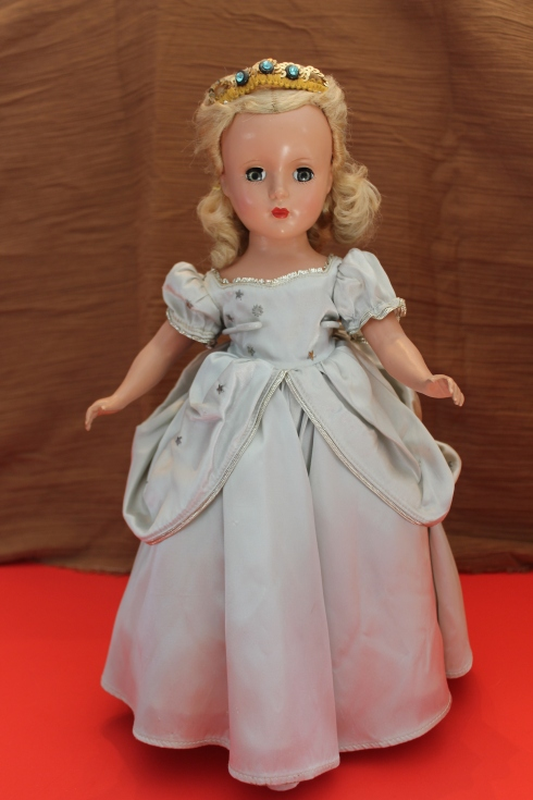 """14"""" Cinderella"""