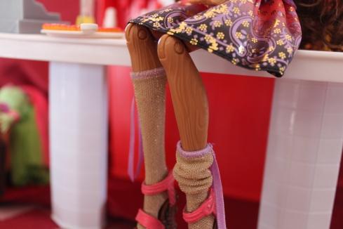 Cedar's legs.  Notice the carvings!