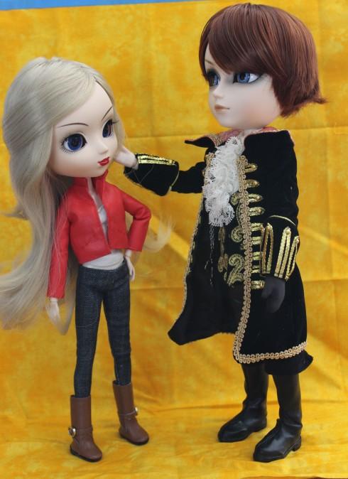 Custom Emma and Hook (Taeyang Gackt)