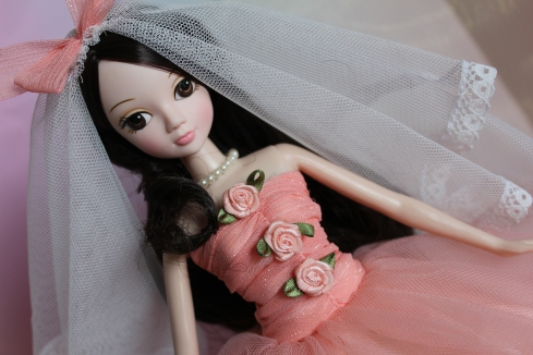 Gentle Lilia Bride Kurhn