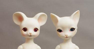 Janus (mouse)